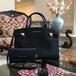 Nwt Michael Kors MD Karla handbag&wallet